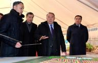 "Head of State familiarized with the progress of housing construction in the microdistrict ""Аэропорт"""